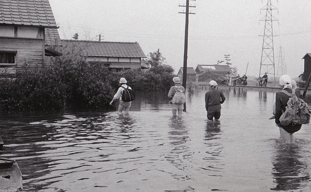 伊勢湾台風1959被災地救援2