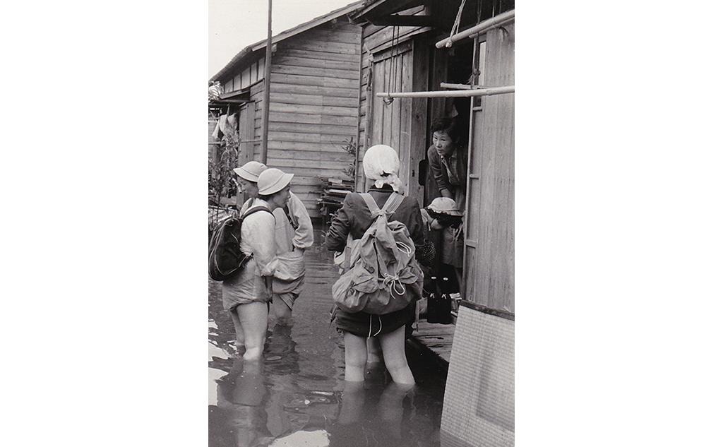 伊勢湾台風1959被災地救援1